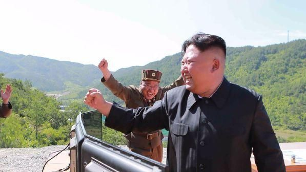 Corea del Nord : missili anti-nave su un vascello