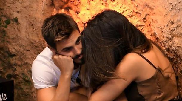 Grande Fratello Vip :  lite tra Giulia Salemi e Francesco Monte... e il bacio?