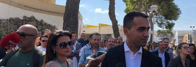 Luigi Di Maio : Stop alle aperture domenicali e festive dei centri commerciali