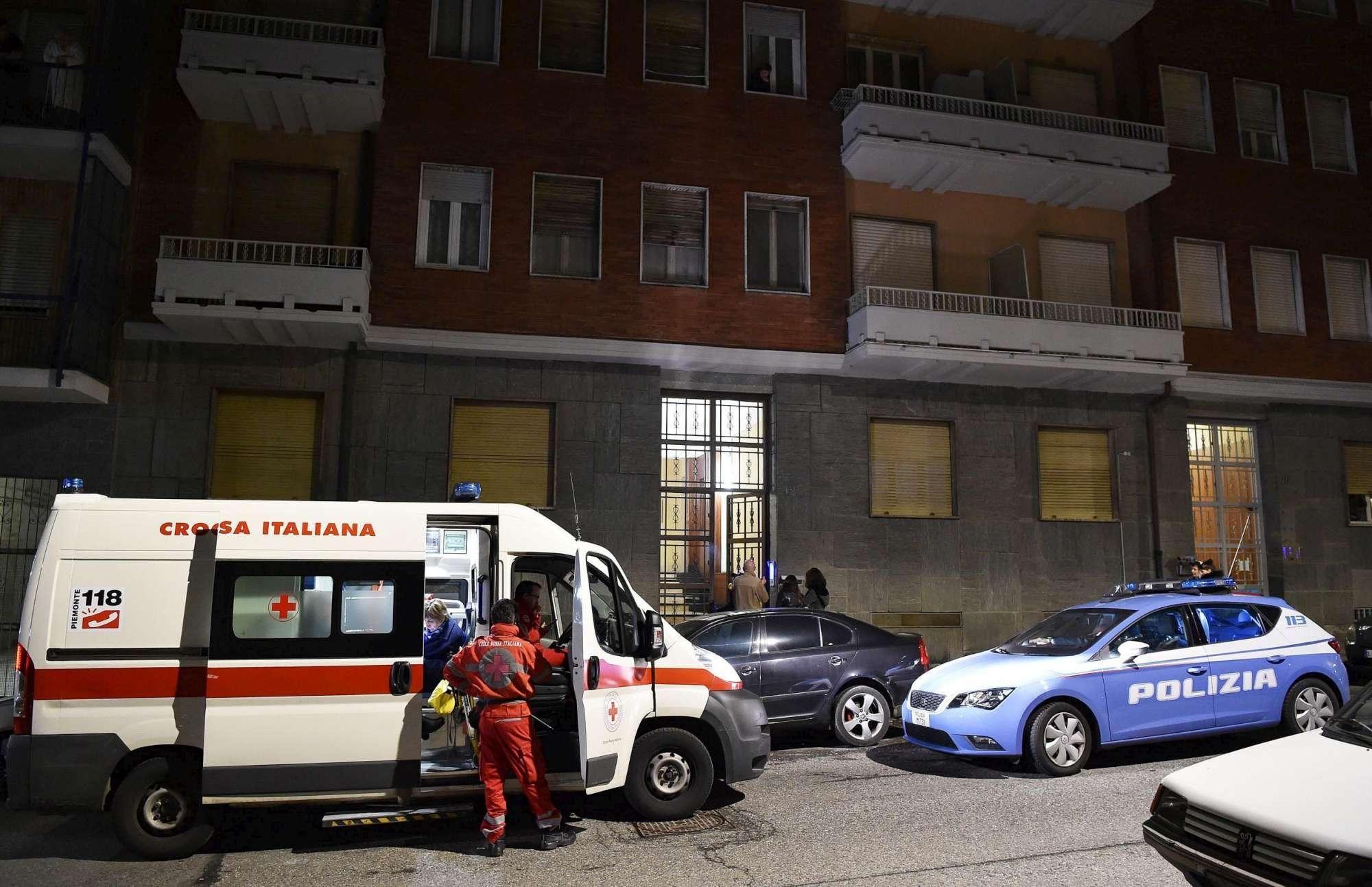 Dramma a Torino: anziano spara alla moglie e poi si uccide