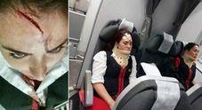 Turbolenza in volo, 12 feriti sull'Airbus partito da Lima : Siamo vivi per miracolo