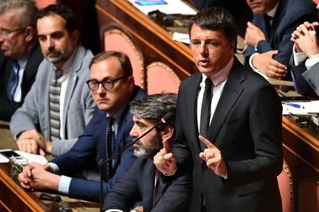 Matteo Renzi lascia il Pd ... Ci vediamo alla Leopolda : Oggi l'annuncio