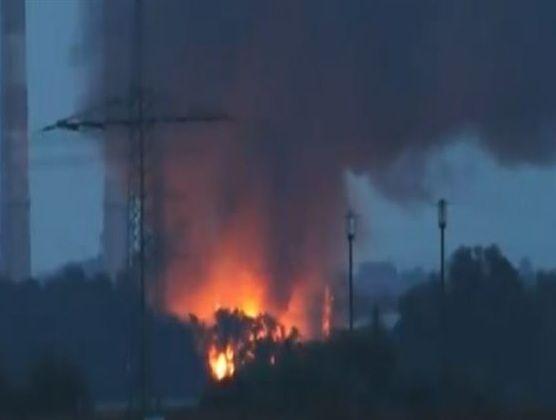 Germania, esplosione in una raffineria : 8 feriti, evacuate 2000 persone