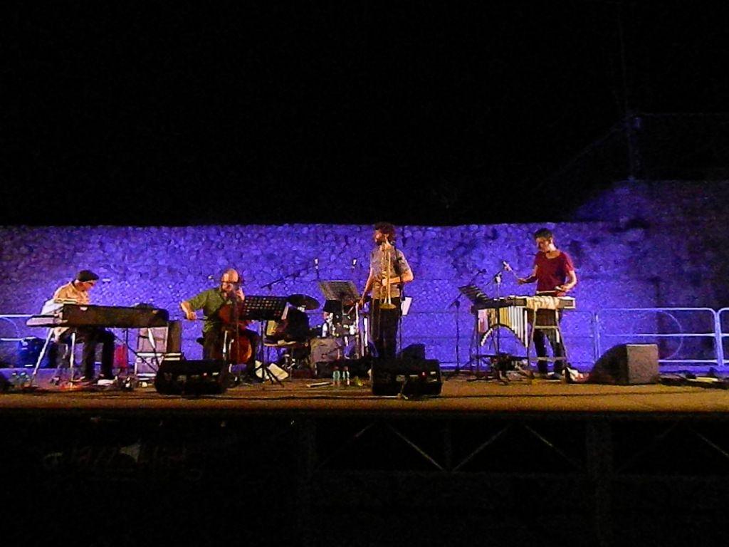 Concerto dei Pipe Dream all'area archeologica Caposele di Formia