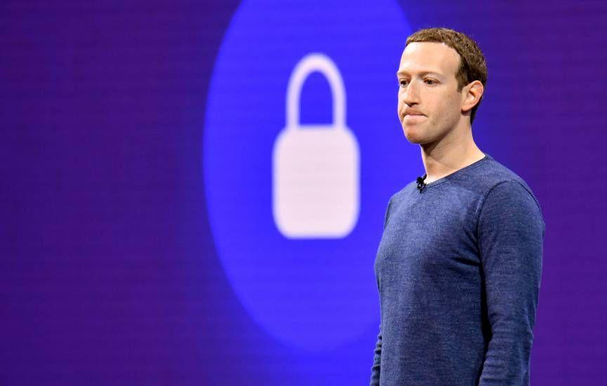 Oversight Board, ecco i giudici : nasce la censura di Facebook