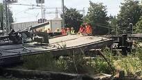 Portomaggiore, treno merci deraglia alla stazione: Macchinista sotto choc soccorso dal 118