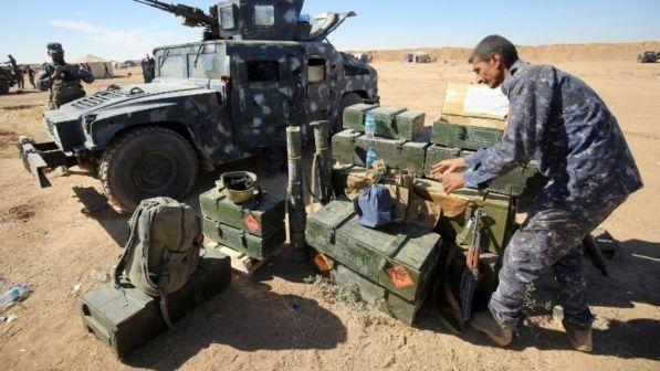 Terrorismo : Espulso tunisino a Ragusa che inneggiava all'Isis
