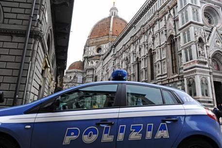 13enne promessa in sposa per 15 mila euro : arrestato il padre