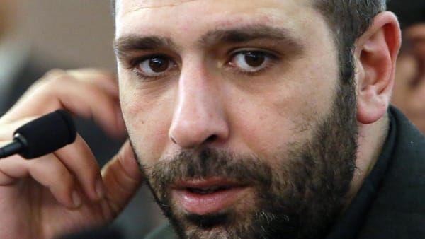 Non prendo in giro Salvini e Di Maio, lo fanno già da soli! Parola di Checco Zalone