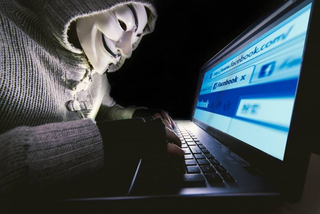 Hacker utilizzano Facebook per diffondere malware