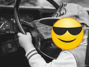 Volevo guidare un po! A 8 anni con l'auto della mamma a 140 all'ora in autostrada