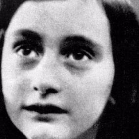 Diario di Anna Frank : Ricostruite due pagine inedite