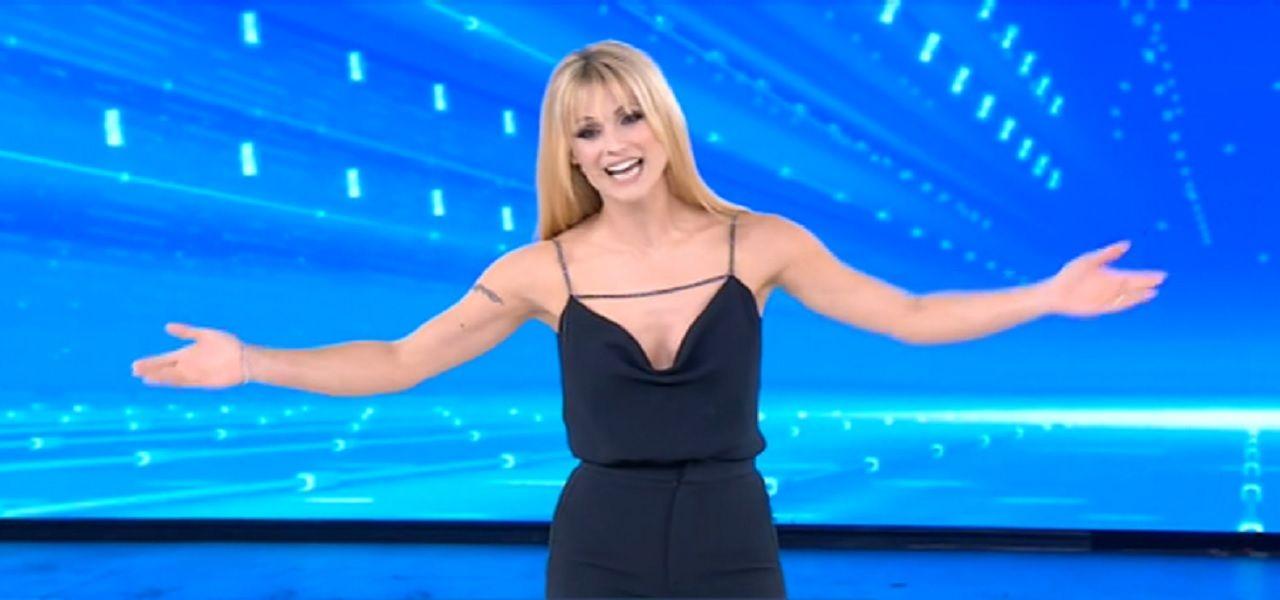 Crollo di Amici Celebrities con Michelle Hunziker, Rai Uno stravince!