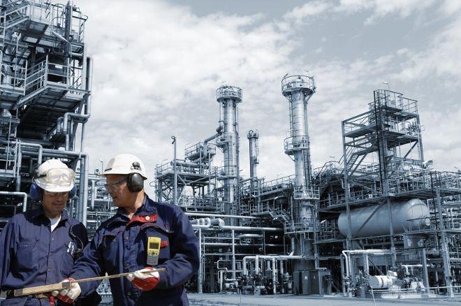 Industria : Sale il fatturato, ma giù ordini