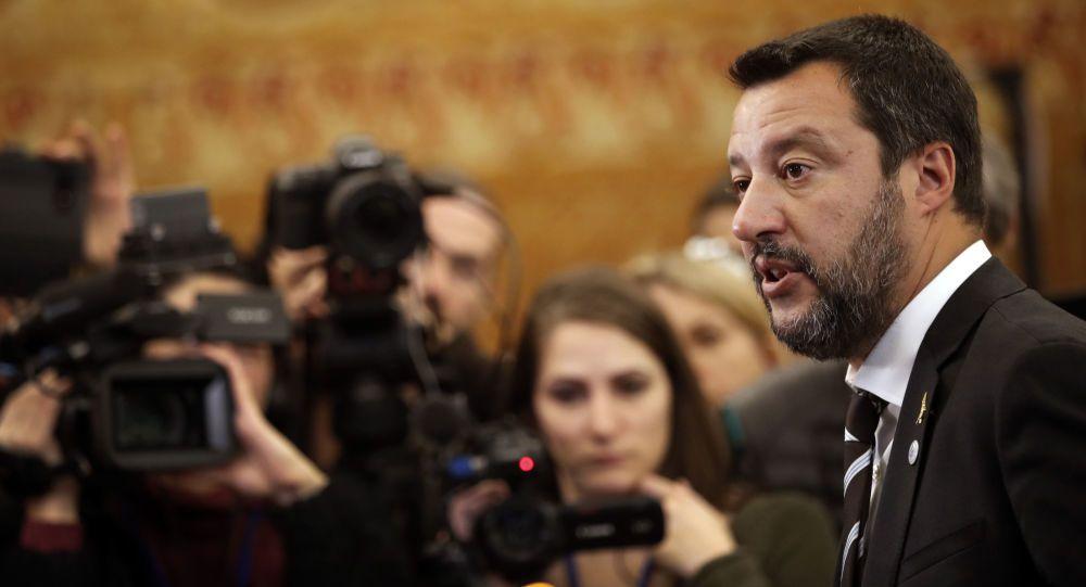 Matteo Salvini: Ecco la manovra 'Dracula'
