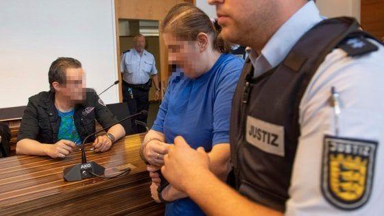 Germania : Genitori condannati per aver venduto loro figlio a pedofili sulla dark net