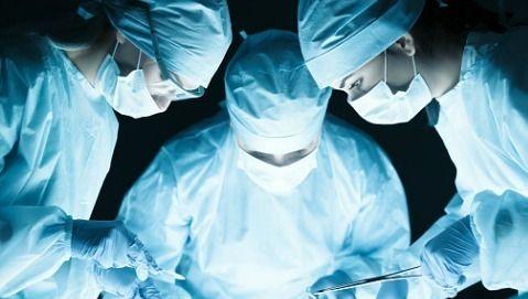 Parigi : Doppio trapianto di viso sullo stesso paziente
