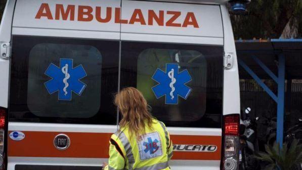 Monza : 45enne lascia figlia di due anni in auto per fare la spesa