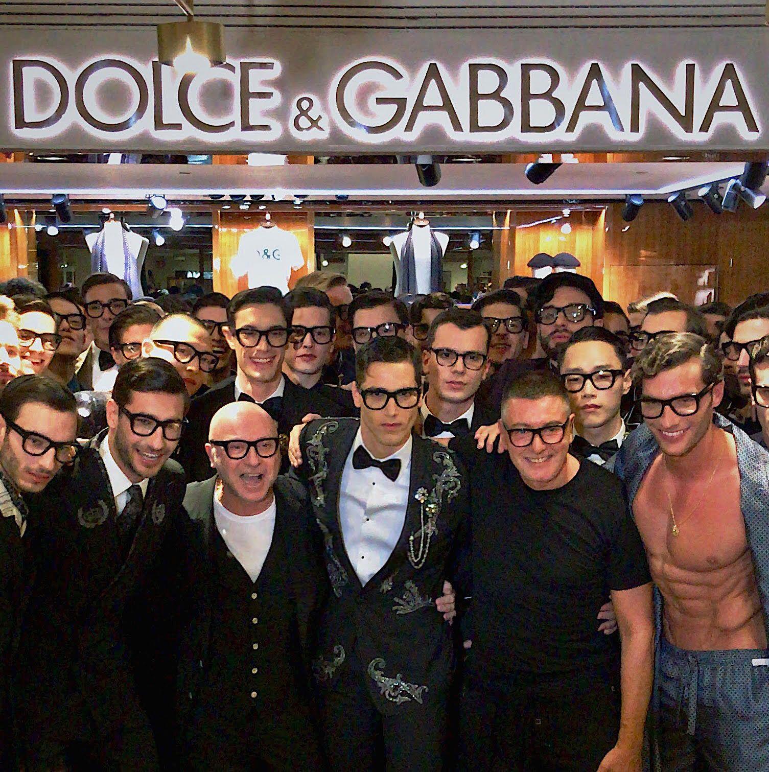 Dolce&Gabbana: tifo da stadio alla Rinascente per la collezione autunno/inverno 2018-19