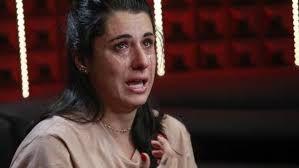 Gf 16 l'avverte e lei piange! Valentina Vignali dopo la diffida arriva anche la querela dell'ex