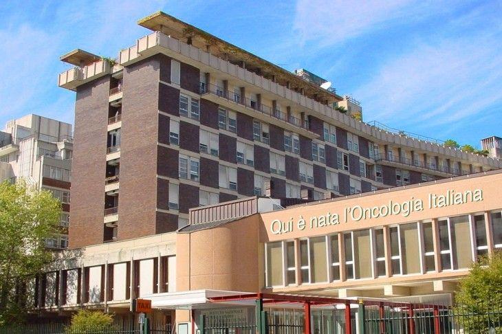 Napoli, arrestato primario dell'istituto Pascale : Lucravano sulle forniture per i malati terminali