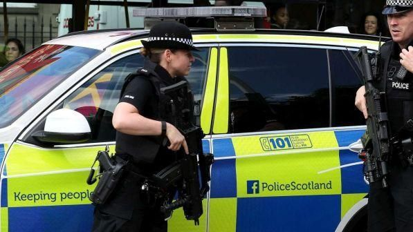 Violenze a Londra : 24enne accoltellato e ucciso in periferia