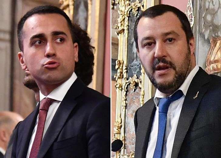 Salvini e Di Maio confermano la bozza e fanno marcia indietro sull'euro