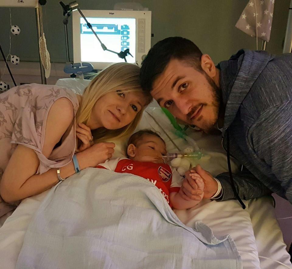 La mamma del piccolo Charlie Gard : L'ospedale ci ha negato l'ultimo desiderio!
