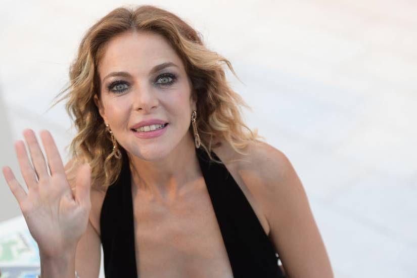 Caso Harvey Weinstein : Claudia Gerini mi propose di fare sesso a tre
