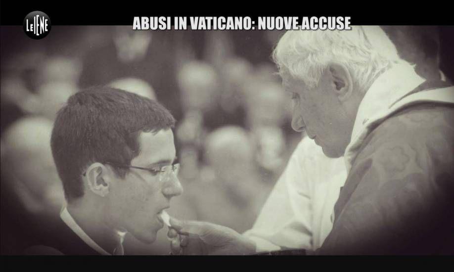 Abusi sui chierichetti del Papa: ci sono tre nuove testimonianze choc