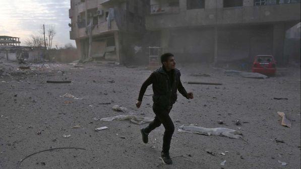 Siria - bombardamenti su Ghouta : 250 morti di cui 57 sono bambini, oltre 1000 feriti
