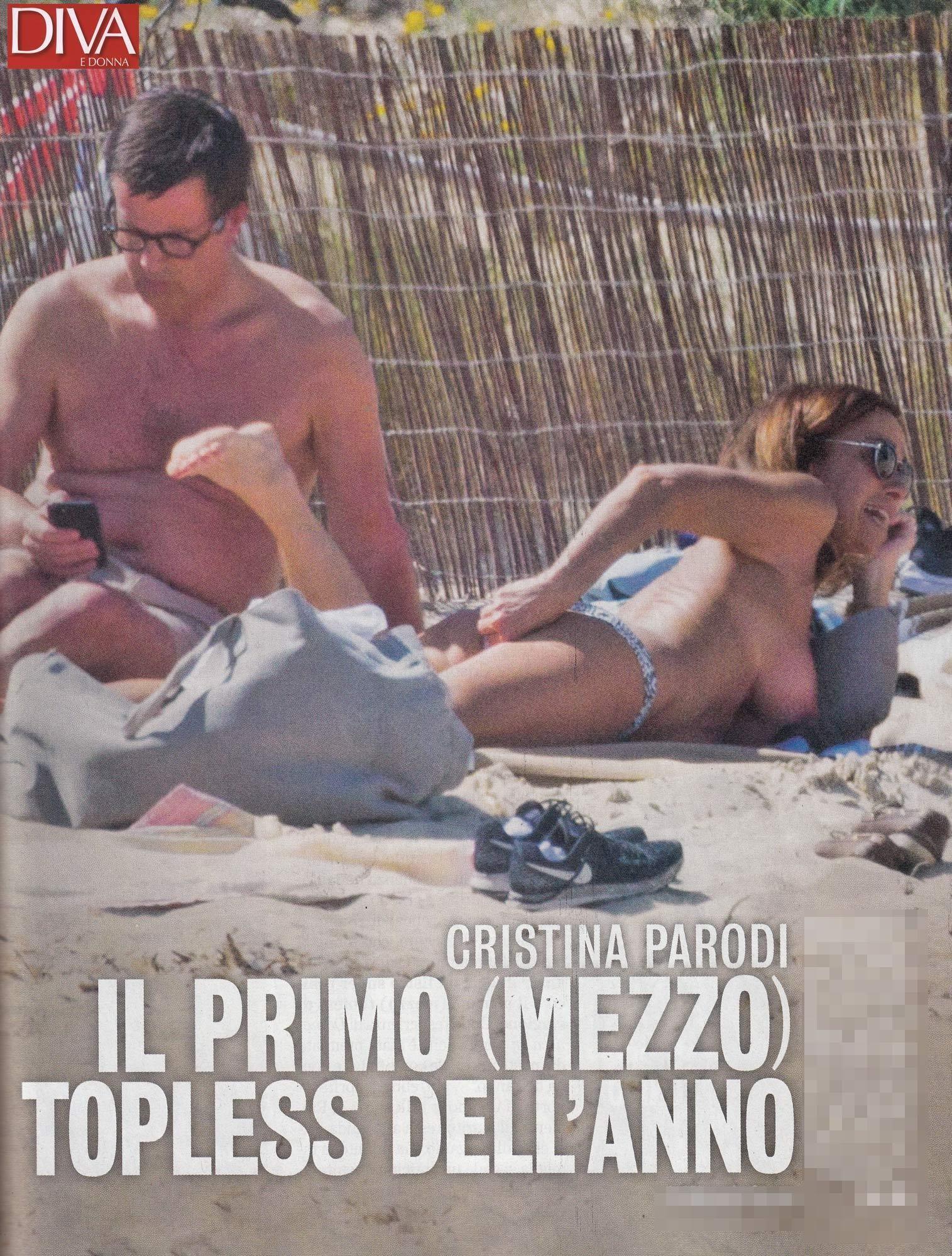 Cristina Parodi : topless 2018 a Formentera