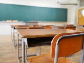 Insegnante scuola media fa sesso con alunno : professoressa in arresto