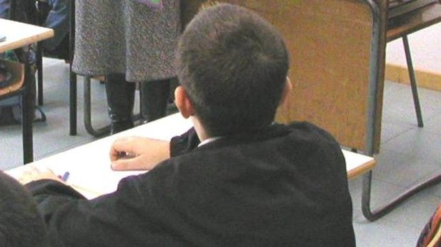 Ravenna : A 10 anni si presenta a scuola con un coltello e minaccia la compagna di banco