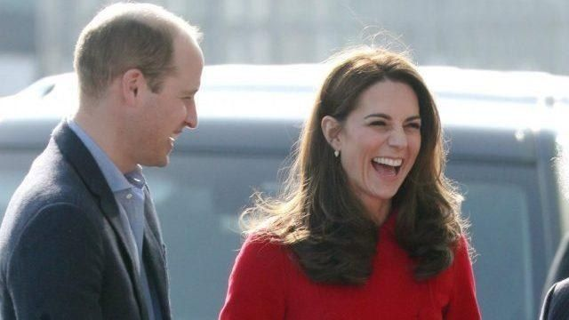 News Reali! William e Kate spiazzano i sudditi, Meghan Markle di nuovo nella bufera