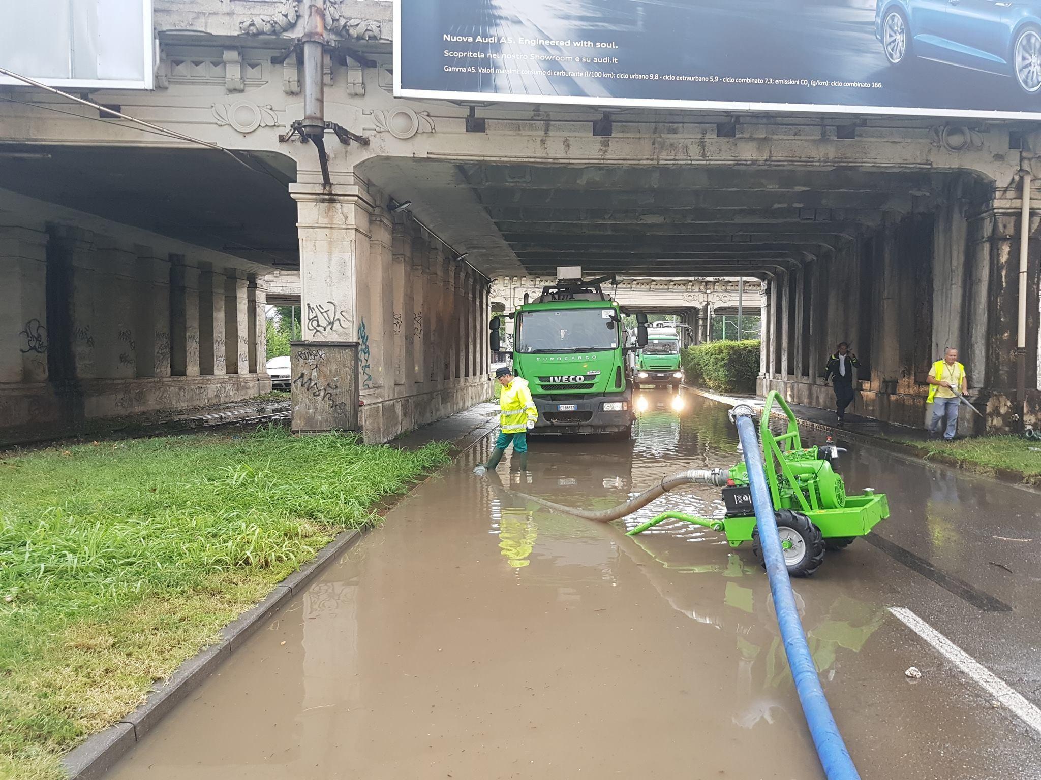 Maltempo : tromba d'aria nel Milanese, esondato il fiume Seveso