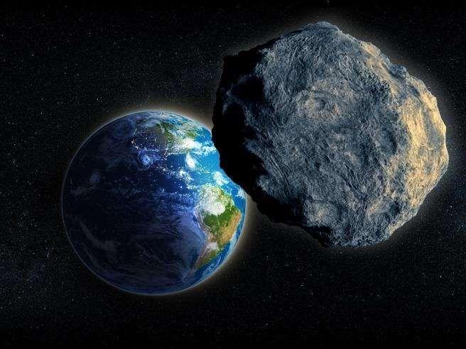 Asteroide in avvicinamento alla Terra: E' grande come un grattacielo ma al momento non è pericoloso