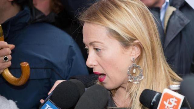 Sarei intervenuto! Giorgia Meloni bestemmia in diretta tv?