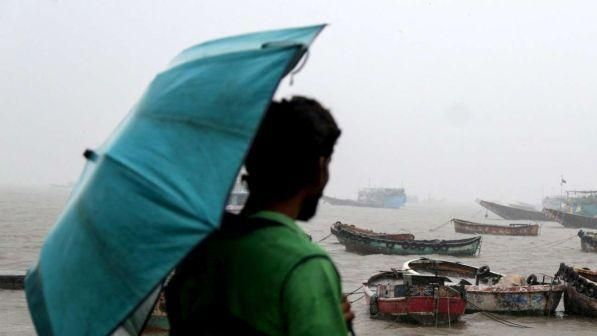 Stati Uniti : Ciclone Nor'easter sulla costa est - almeno 5 morti