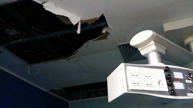 Milano, ospedale San Paolo : Il soffitto cede, il condizionatore perde acqua, paura in sala parto