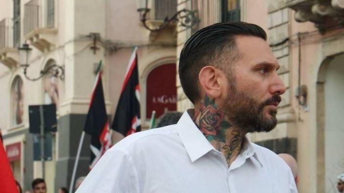Palermo, militante di Forza Nuova Massimo Ursino picchiato : il video del pestaggio