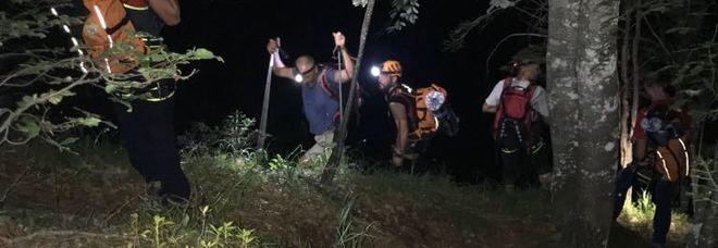 Un violento temporale si abbatte a Tramonti : Ritrovato gruppo di scout dispersi nei boschi