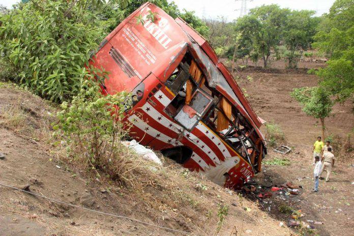Bus si ribalta in Kenya : Più di 50 vittime tra le quali dei bambini