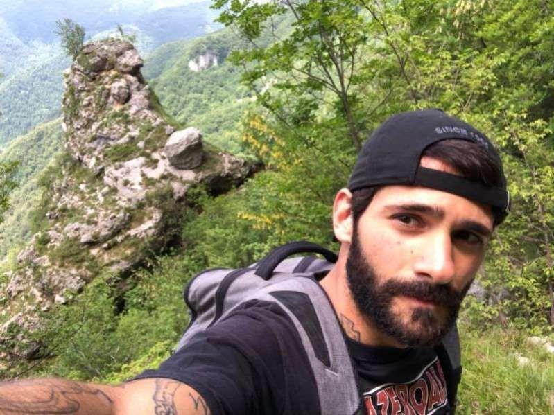 Matteo Pes cade durante l'escursione e precipita sul Cervino : morto a 28 anni