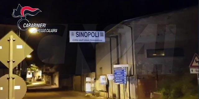 Ndrangheta, cosca Alvaro: maxi blitz, c'è anche un sindaco