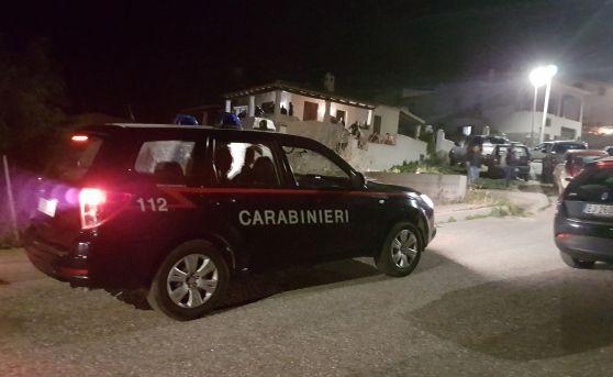 Nuoro - 13enne si suicida sparandosi alla testa : Il Figlio del sindaco lascia biglietto