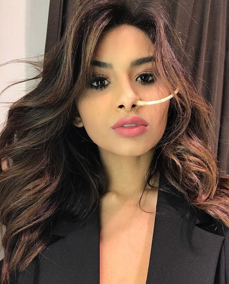Nara Almeida Instagram : Morta la modella che ha lottato contro il cancro sui social