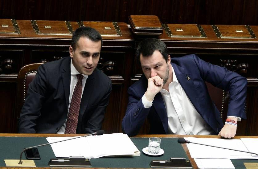 L'innocenza la decidono i giudici... Di Maio di nuovo contro Salvini