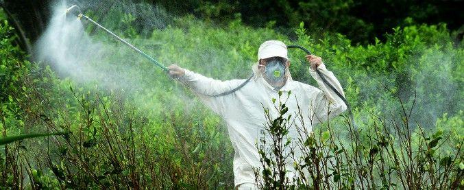 Pesticidi :  l'avvelenamento a norma di legge