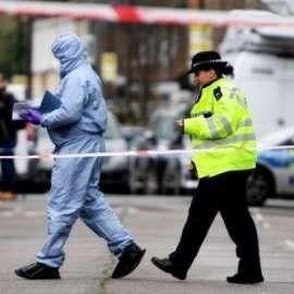 Londra Violenta : quindicenne ucciso a coltellate, arrestati 3 adolescenti